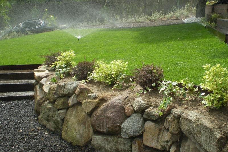 Instalaci n y reparaci n de riegos autom ticos for Aspersores para jardin automaticos