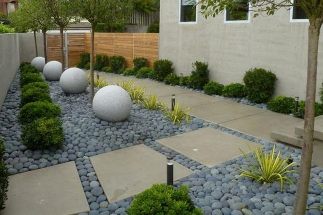 Reducir consumo de agua del jardín sustituyendo césped